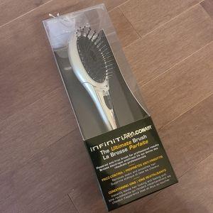 Conair Infiniti Pro Ultimate Brush